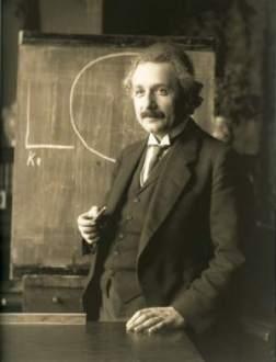 Einstein lecturing in Vienna in 1921